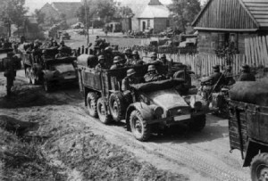 WWII-German troops invading poland
