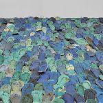 بخشی از چیدمان هنرمند دومینیکنی، تونی کاپیان به نام «دریای کارايیب»